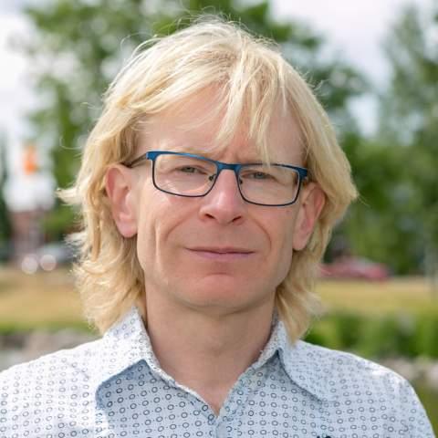Mattias Lindström